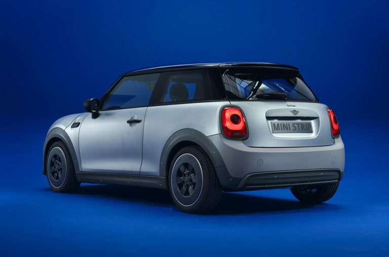 97-mini-strip-paul-smith-official-images-hero-rear